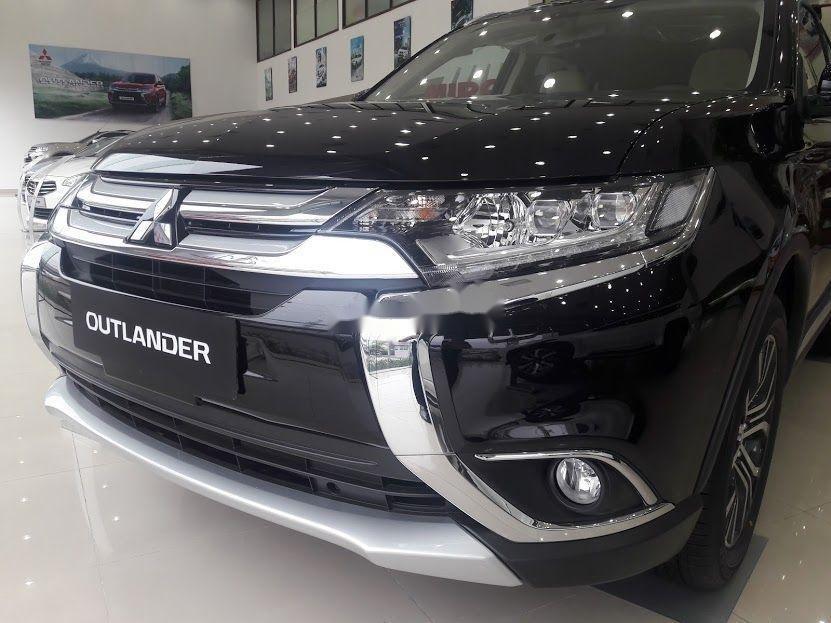 Bán Mitsubishi Outlander đời 2019, màu đen, xe nhập (1)