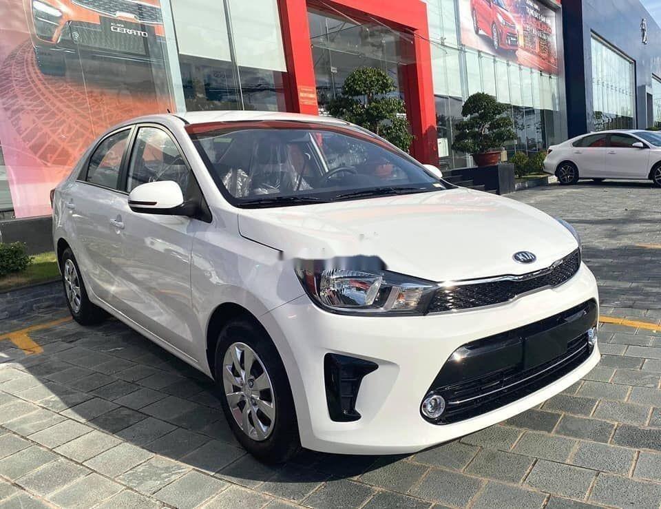 Cần bán xe Kia Soluto đời 2019, màu trắng, giá tốt (3)