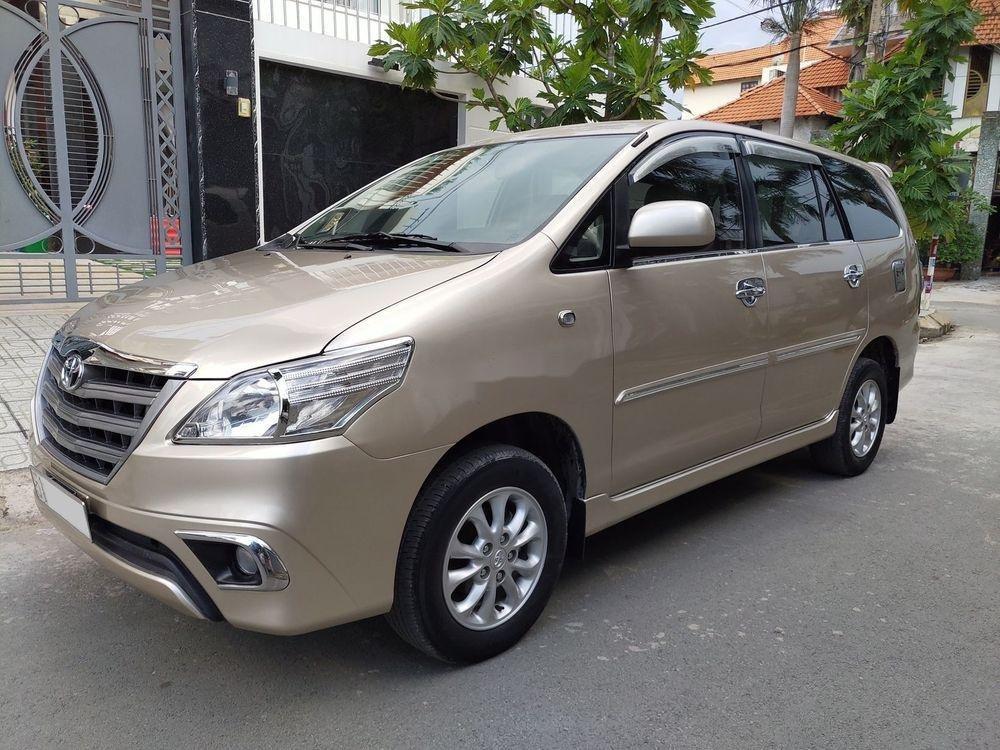 Bán Toyota Innova E sản xuất 2014, giá chỉ 438 triệu (5)
