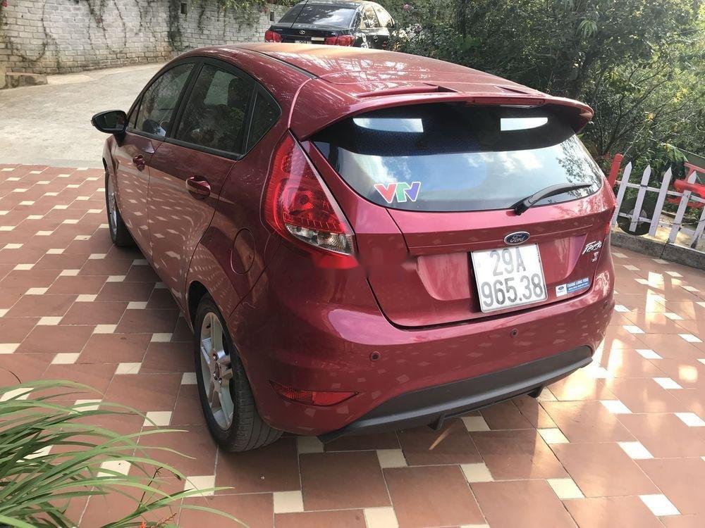 Cần bán Ford Fiesta 1.6AT năm sản xuất 2013, màu đỏ, giá 350tr (6)