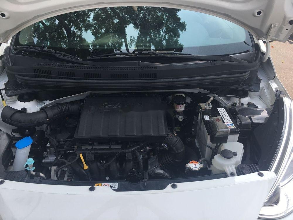Cần bán xe Hyundai Grand i10 2017, màu trắng, 338tr (4)