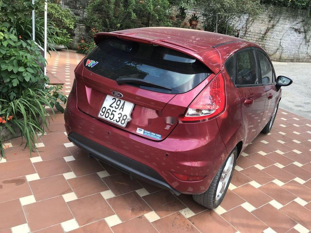 Cần bán Ford Fiesta 1.6AT năm sản xuất 2013, màu đỏ, giá 350tr (5)