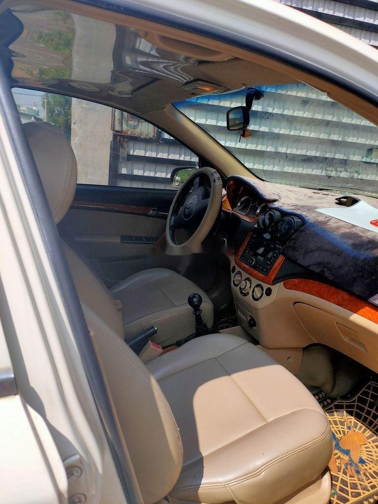 Bán xe Daewoo Gentra đời 2008, màu trắng, chính chủ (2)