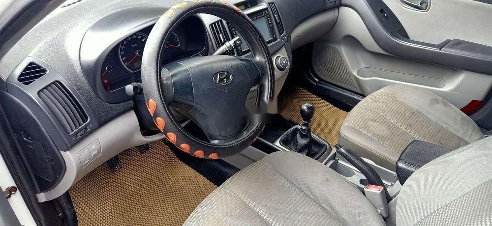 Bán Hyundai Elantra đời 2011, màu trắng, nhập khẩu, xe gia đình (5)