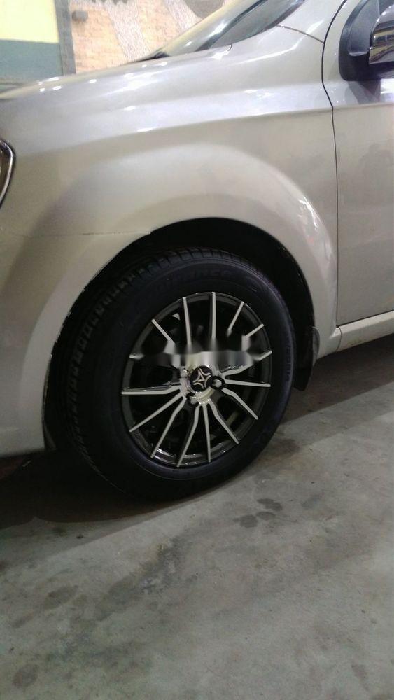 Cần bán lại xe Daewoo Gentra đời 2009, màu bạc chính chủ xe nguyên bản (7)