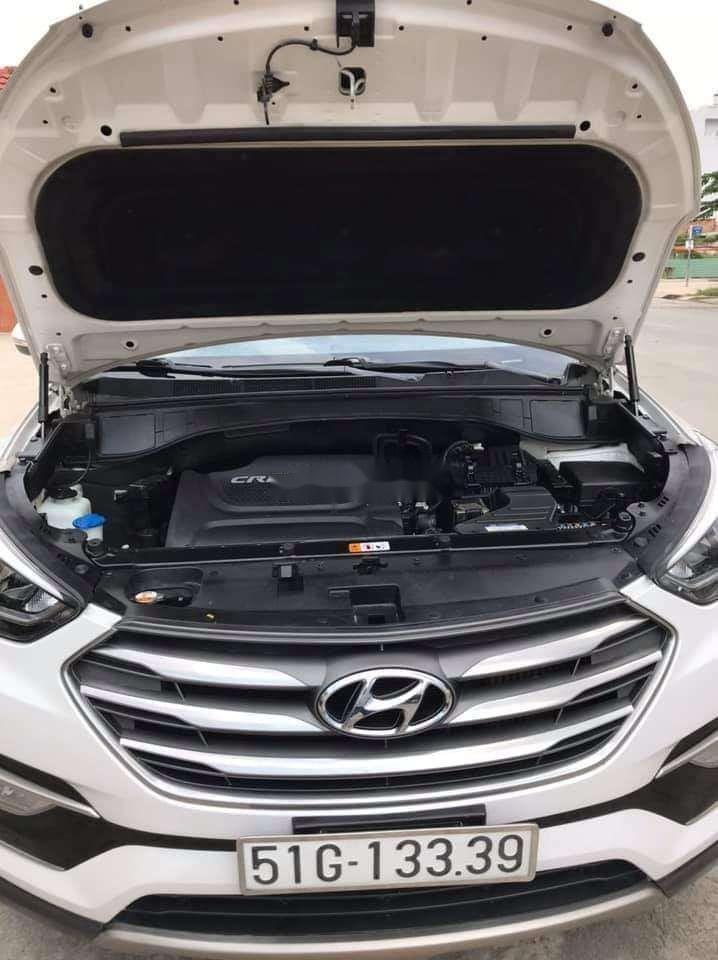 Cần bán xe Hyundai Santa Fe năm sản xuất 2018 nhập khẩu nguyên chiếc chính hãng (6)