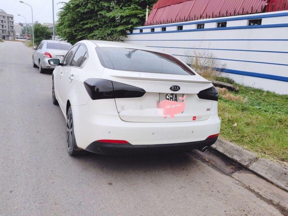 Bán Kia K3 2.0 AT năm sản xuất 2015, màu trắng chính chủ (2)