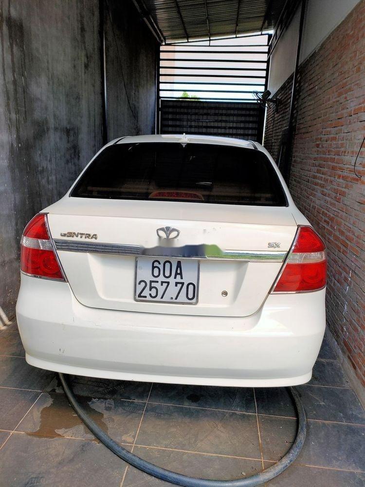 Bán xe Daewoo Gentra đời 2008, màu trắng, chính chủ (1)