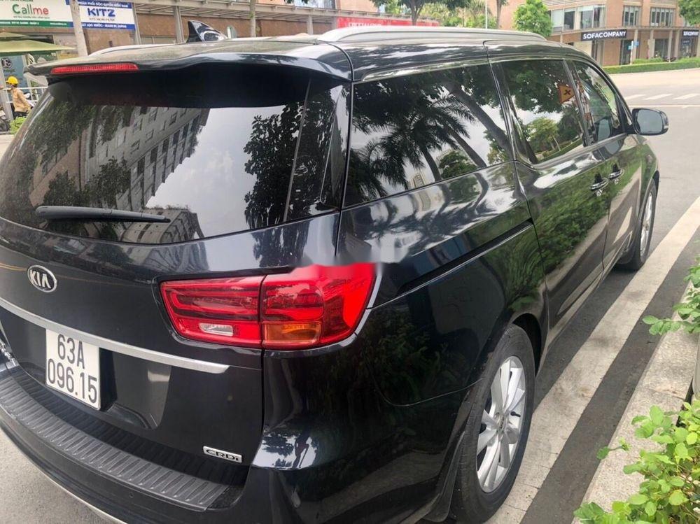 Bán ô tô Kia Sedona năm 2018 xe nguyên bản (3)