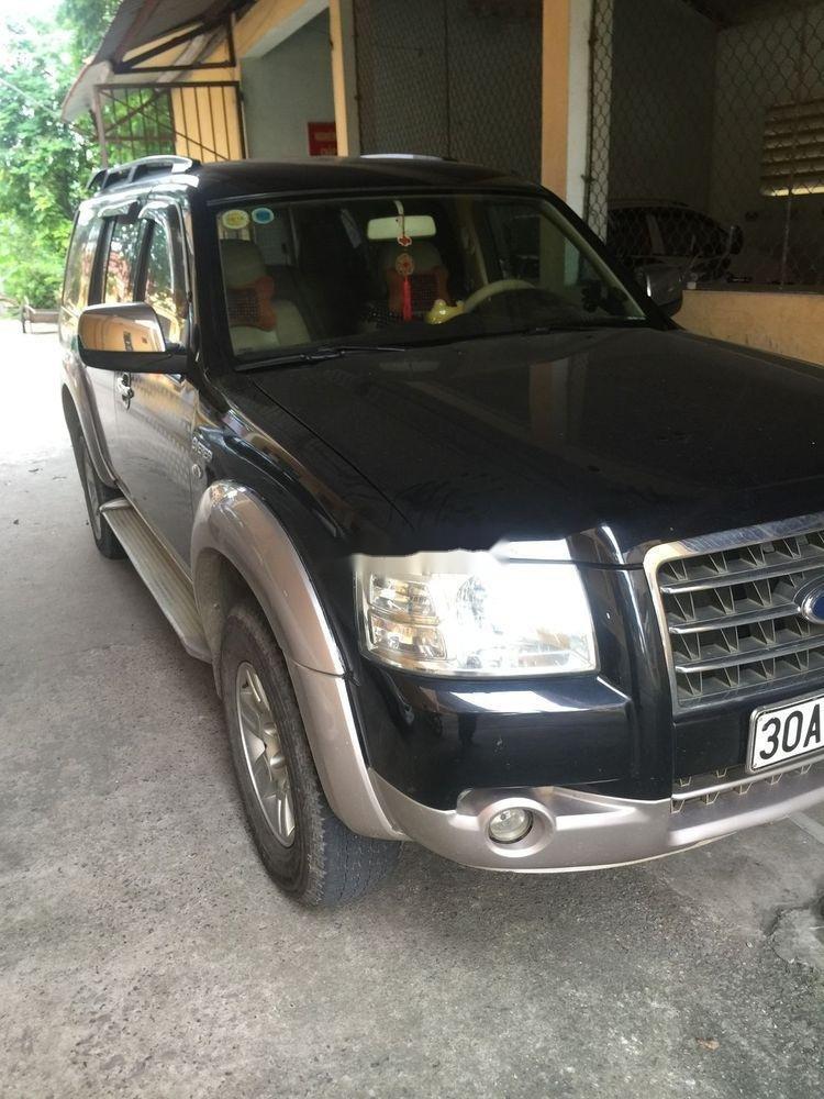Cần bán gấp Ford Everest năm sản xuất 2008, màu đen, xe nhập chính hãng (1)