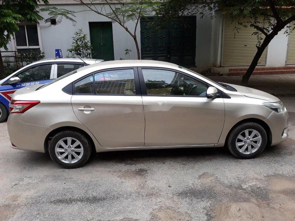 Bán ô tô Toyota Vios năm sản xuất 2015, màu vàng cát (2)