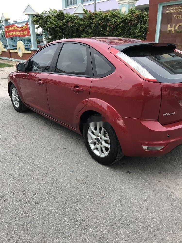 Cần bán lại xe Ford Focus 1.8AT năm sản xuất 2010, màu đỏ chính chủ, giá tốt (4)