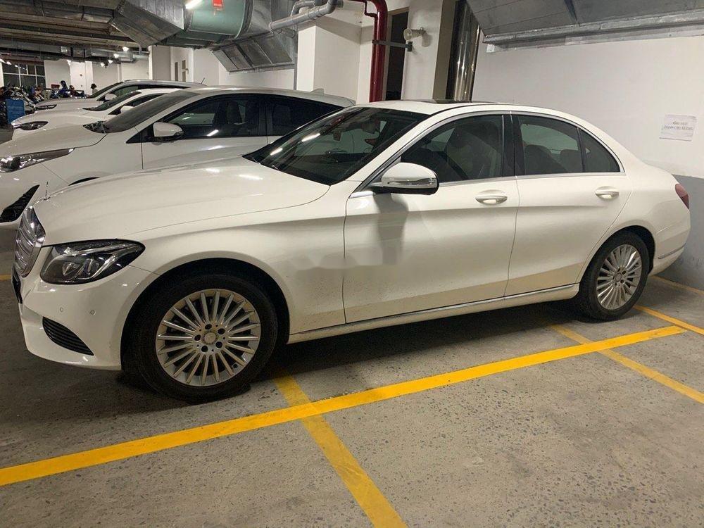 Bán gấp Mercedes C250 sản xuất năm 2015, màu trắng, chính chủ (2)