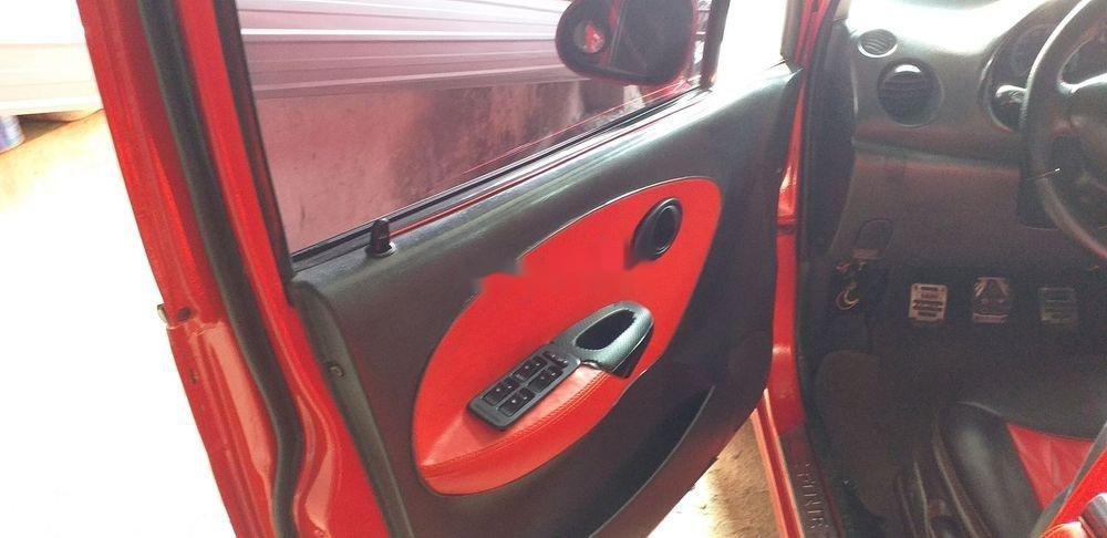 Cần bán Daewoo Matiz sản xuất năm 2004, màu đỏ, xe nhập (2)