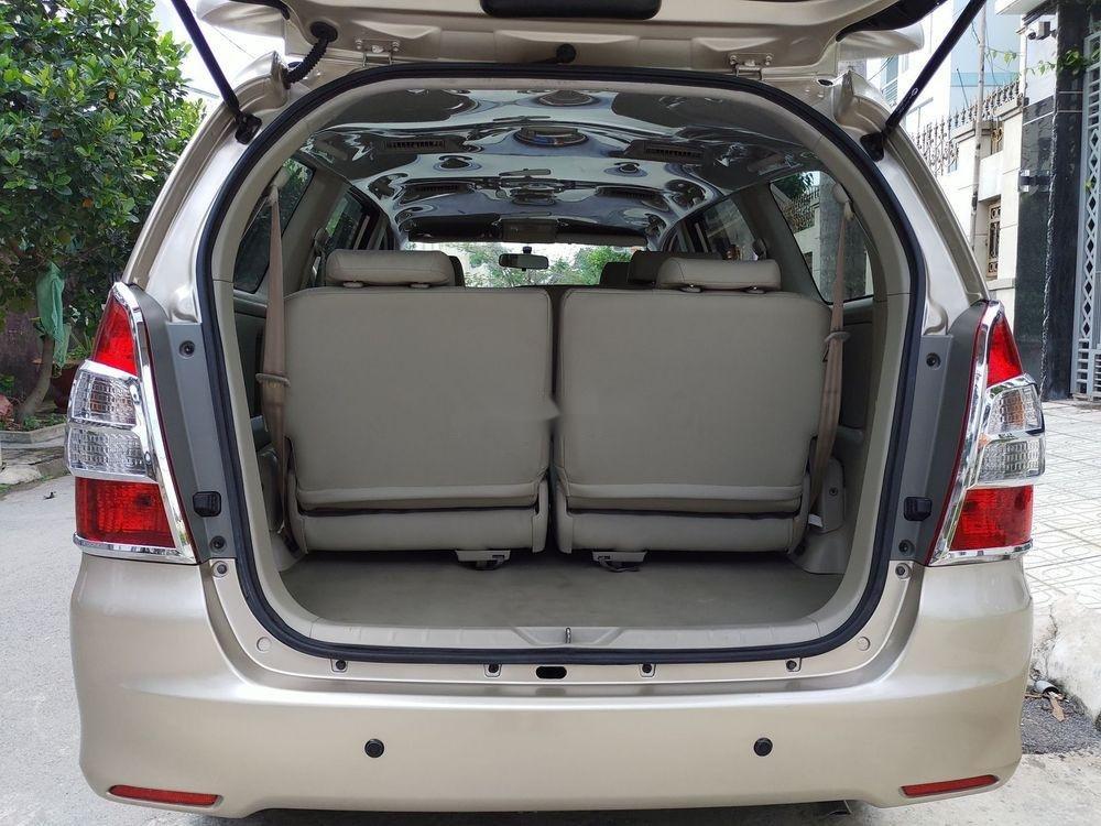 Bán Toyota Innova E sản xuất 2014, giá chỉ 438 triệu (8)