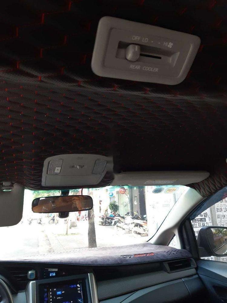 Bán xe cũ Toyota Innova năm 2017, màu xám (7)
