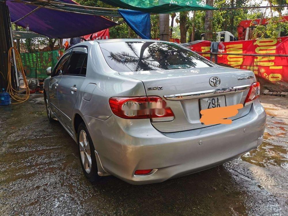 Cần bán gấp Toyota Corolla Altis 2.0V 2011, nhập khẩu nguyên chiếc (3)