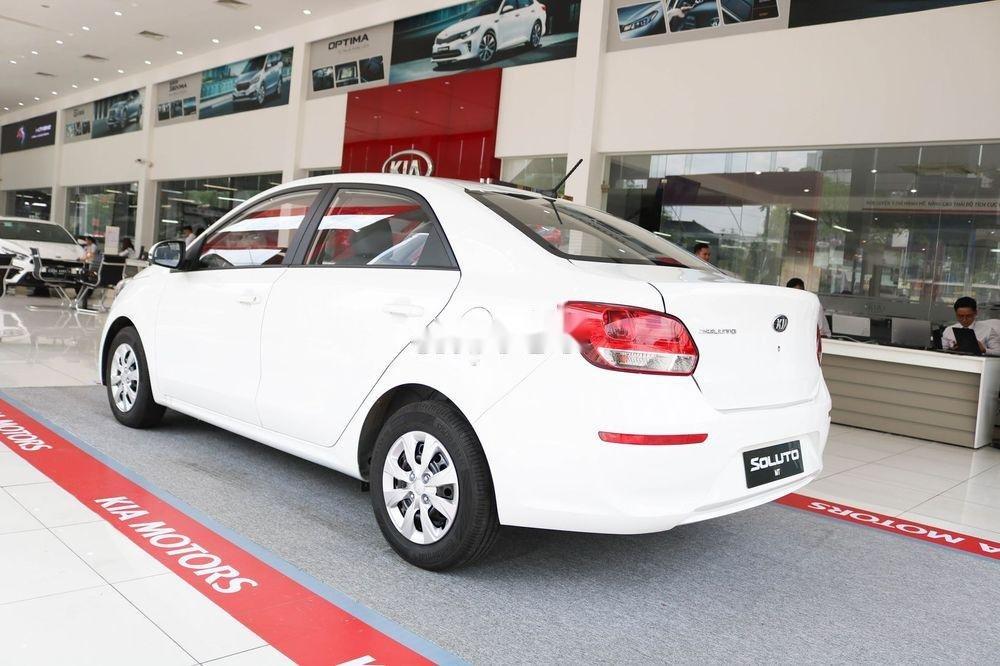 Bán ô tô Kia Soluto 2019, màu trắng, giá 399tr (7)