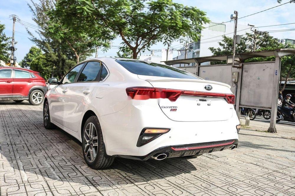 Bán Kia Cerato sản xuất 2019, màu trắng, số tự động (4)