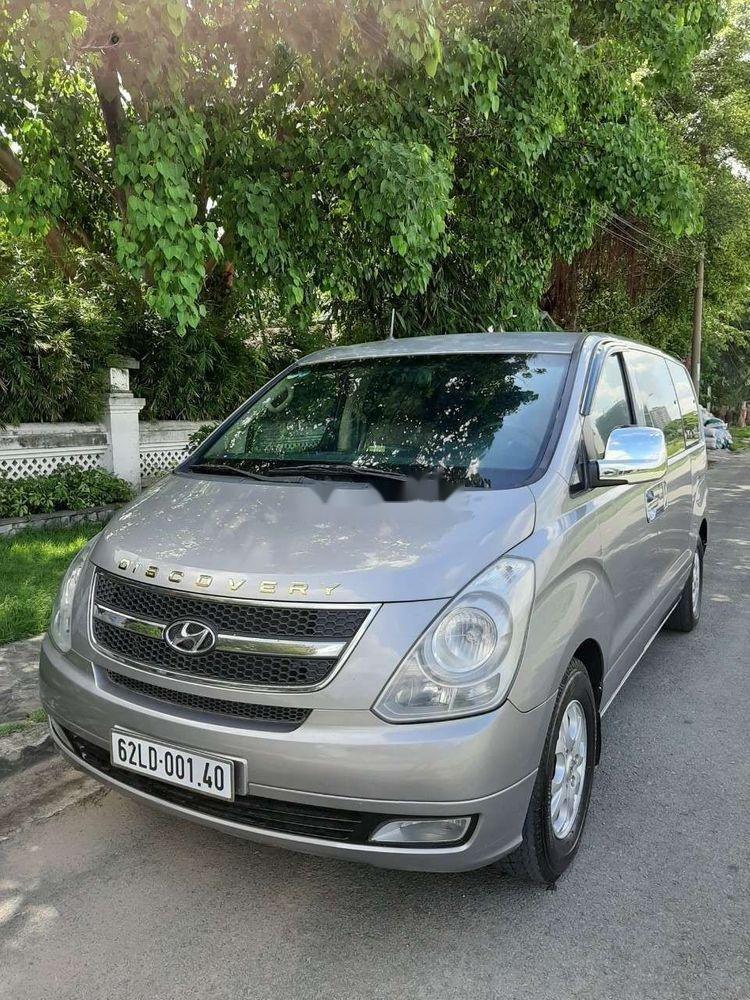 Cần bán xe Hyundai Grand Starex đời 2012, màu bạc, xe nhập còn mới, 415 triệu xe nguyên bản (1)