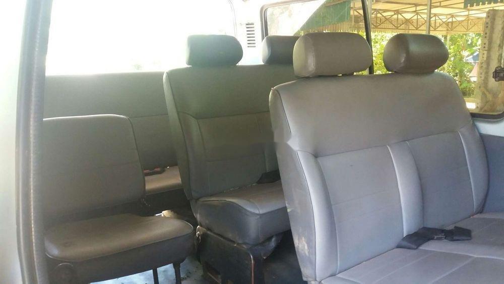 Bán Toyota Hiace sản xuất 2003, nhập khẩu nguyên chiếc chính hãng (8)