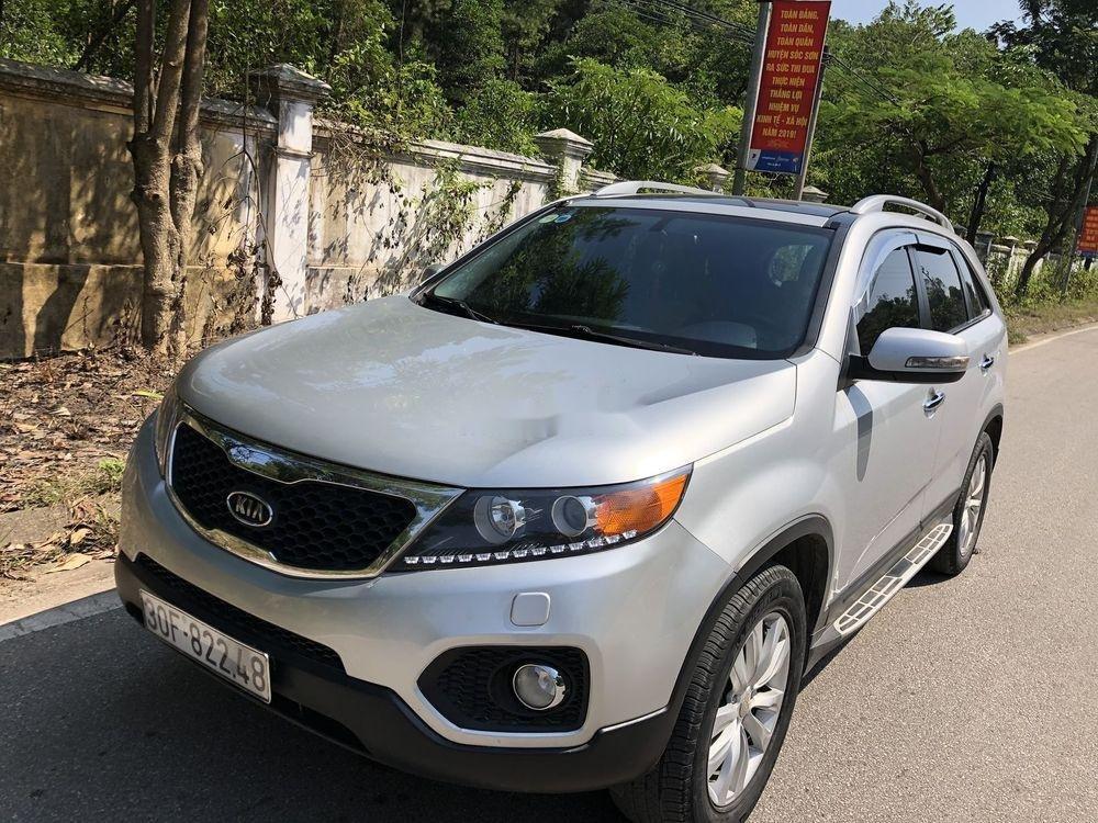Cần bán gấp Kia Sorento sản xuất năm 2013, màu bạc xe gia đình xe nguyên bản (3)
