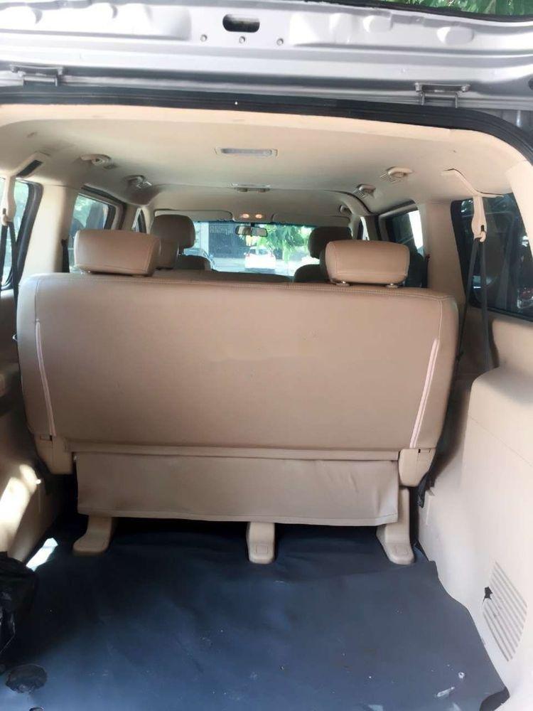 Cần bán xe Hyundai Grand Starex đời 2012, màu bạc, xe nhập còn mới, 415 triệu xe nguyên bản (5)