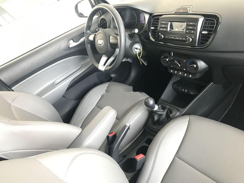 Cần bán xe Kia Soluto năm 2019, màu bạc, 399tr (7)
