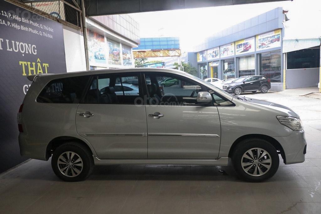 Toyota Innova E 2.0MT 2016, trả góp 70%, bao test (3)
