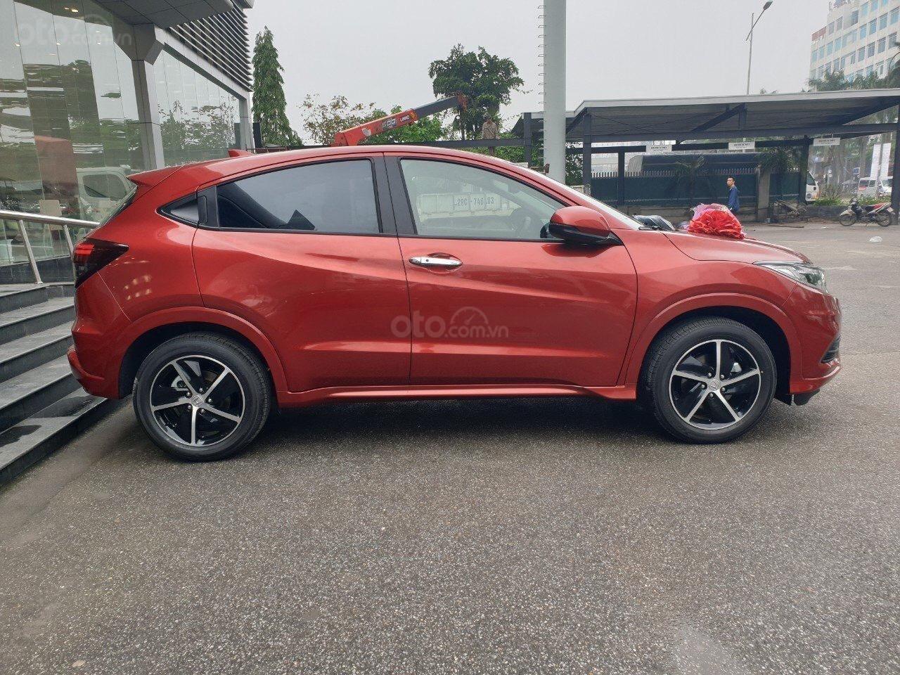 Honda HR-V 2019 nhập khẩu, giảm sốc 40tr, liên hệ ngay 0913966066 để nhận ưu đãi tốt nhất thị trường (5)