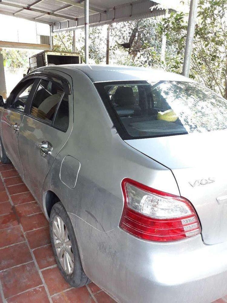 Bán xe Toyota Vios sản xuất 2013, màu bạc xe nguyên bản (9)