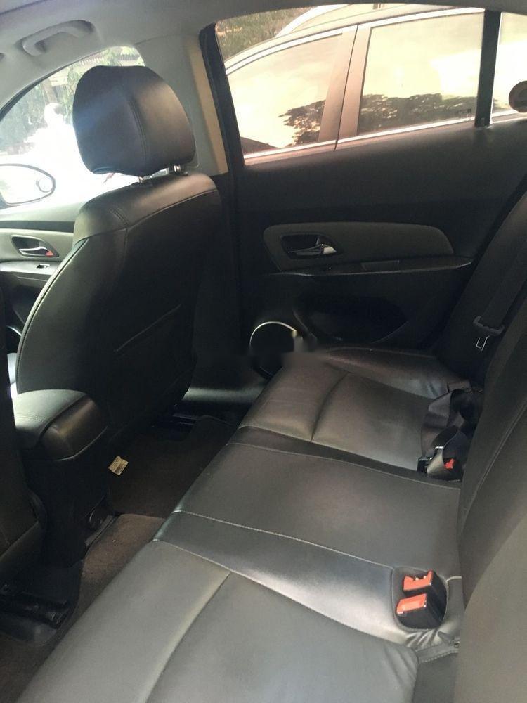 Bán Chevrolet Cruze đời 2010, màu xám chính chủ, giá tốt xe nguyên bản (7)