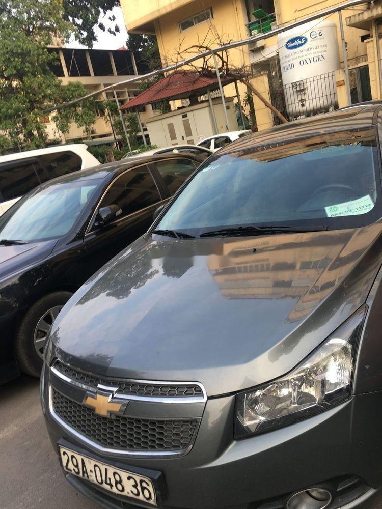 Bán Chevrolet Cruze đời 2010, màu xám chính chủ, giá tốt xe nguyên bản (3)