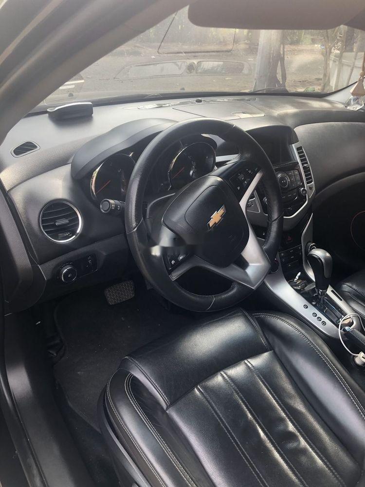 Bán xe Chevrolet Cruze đời 2015, màu đen xe nguyên bản (6)