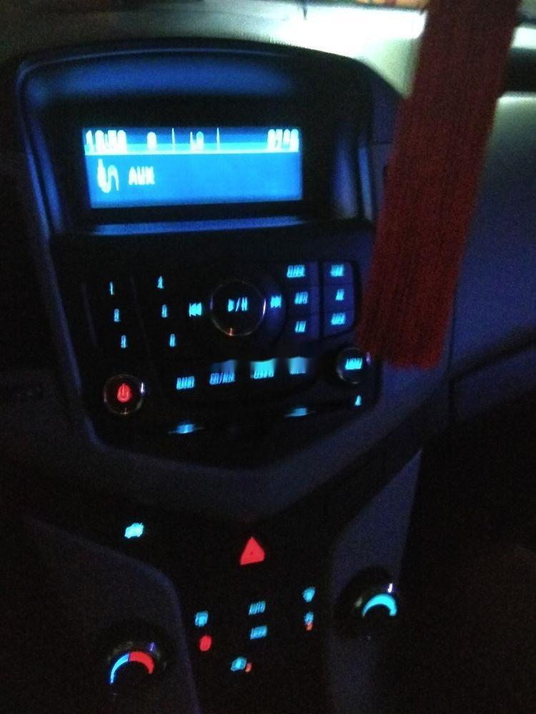 Bán Chevrolet Cruze năm 2017, màu đỏ, giá 374tr (3)