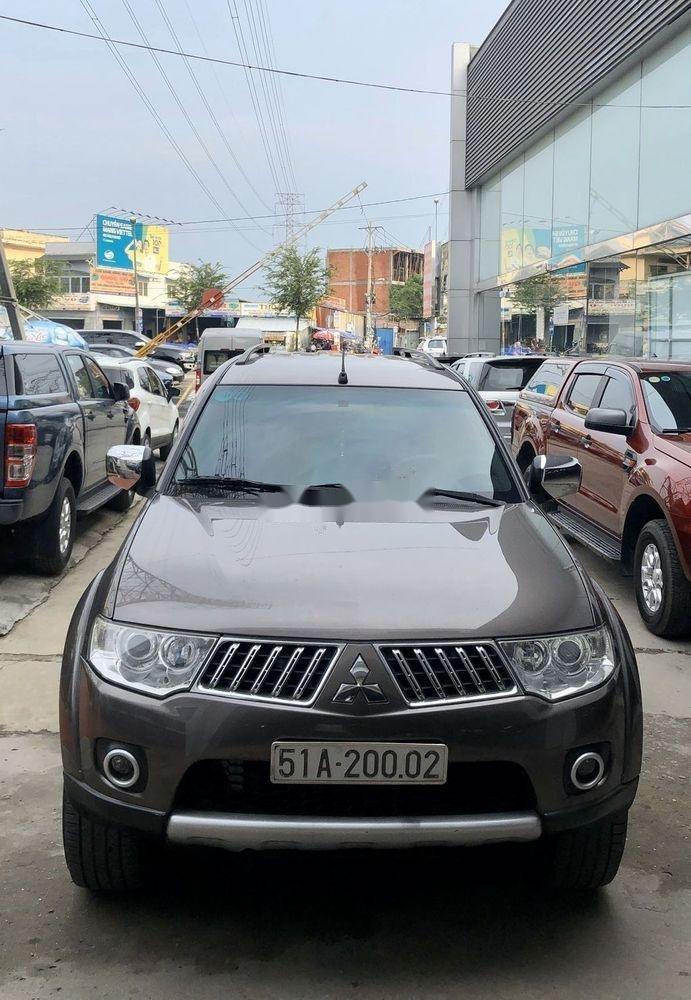 Bán ô tô Mitsubishi Pajero 2011, màu nâu, máy êm ru (2)