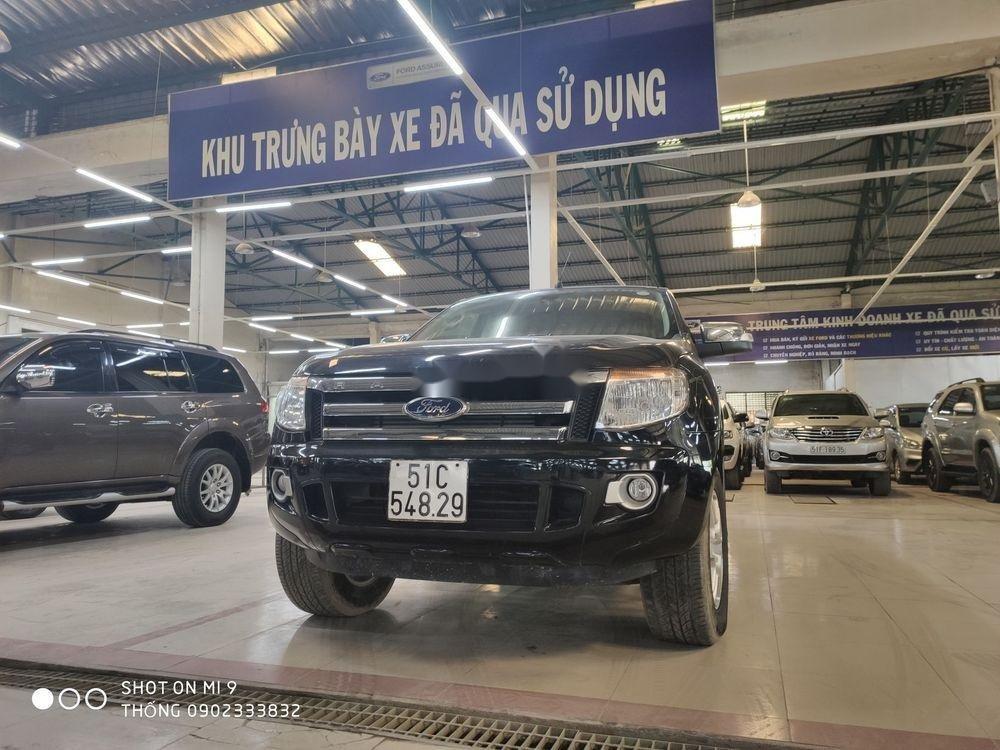 Bán xe Ford Ranger XLT đời 2015, màu đen, nhập khẩu nguyên chiếc số sàn (4)