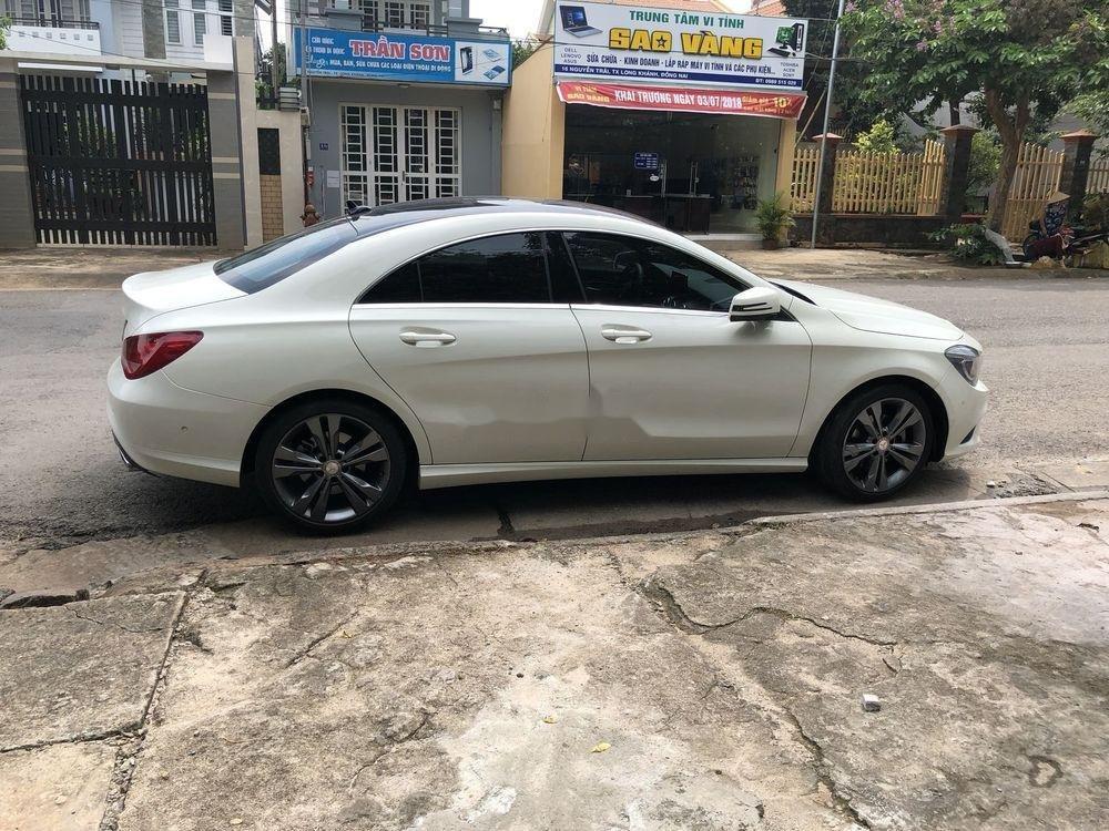 Bán Mercedes sản xuất năm 2015, màu trắng, nhập khẩu nguyên chiếc chính hãng (6)
