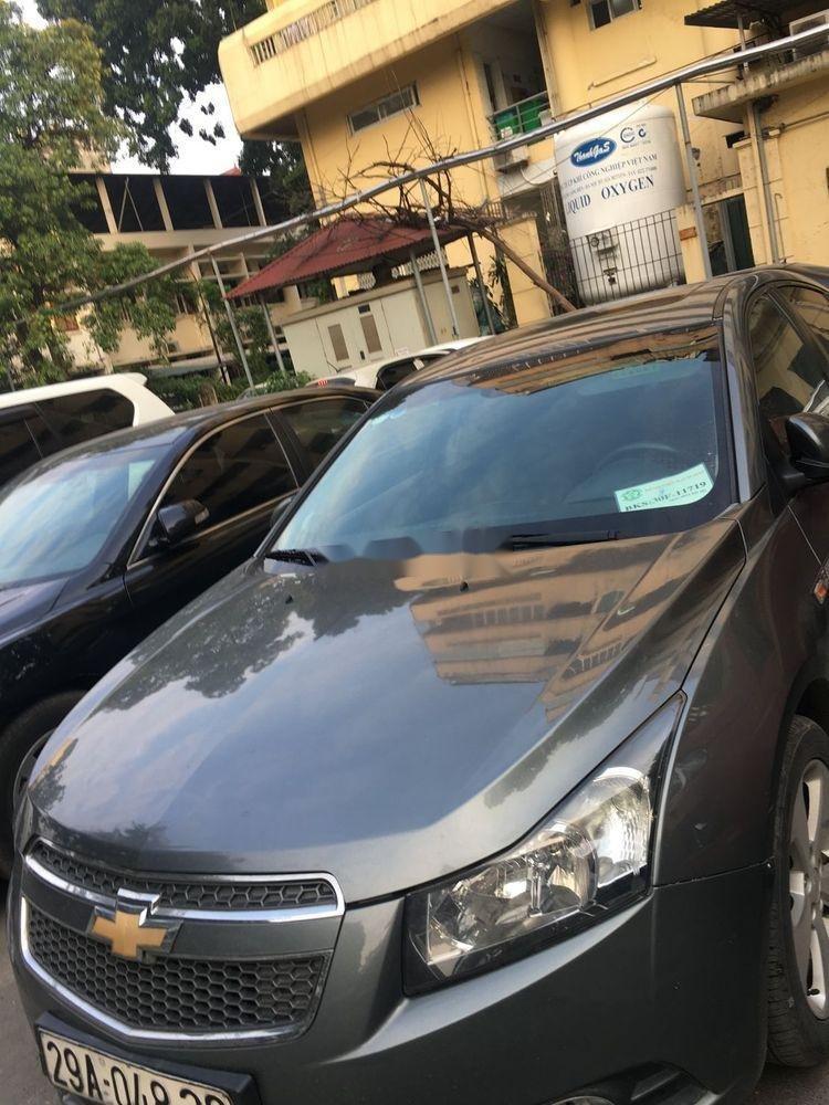 Bán Chevrolet Cruze đời 2010, màu xám chính chủ, giá tốt xe nguyên bản (2)