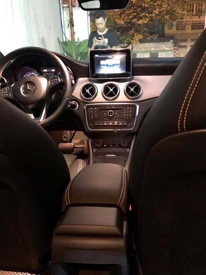 Bán Mercedes sản xuất năm 2015, màu trắng, nhập khẩu nguyên chiếc chính hãng (2)