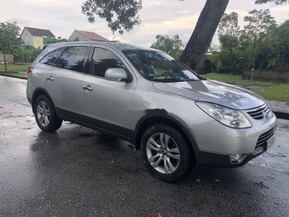 Cần bán Hyundai Veracruz 2009, nhập khẩu nguyên chiếc số tự động, giá tốt (1)
