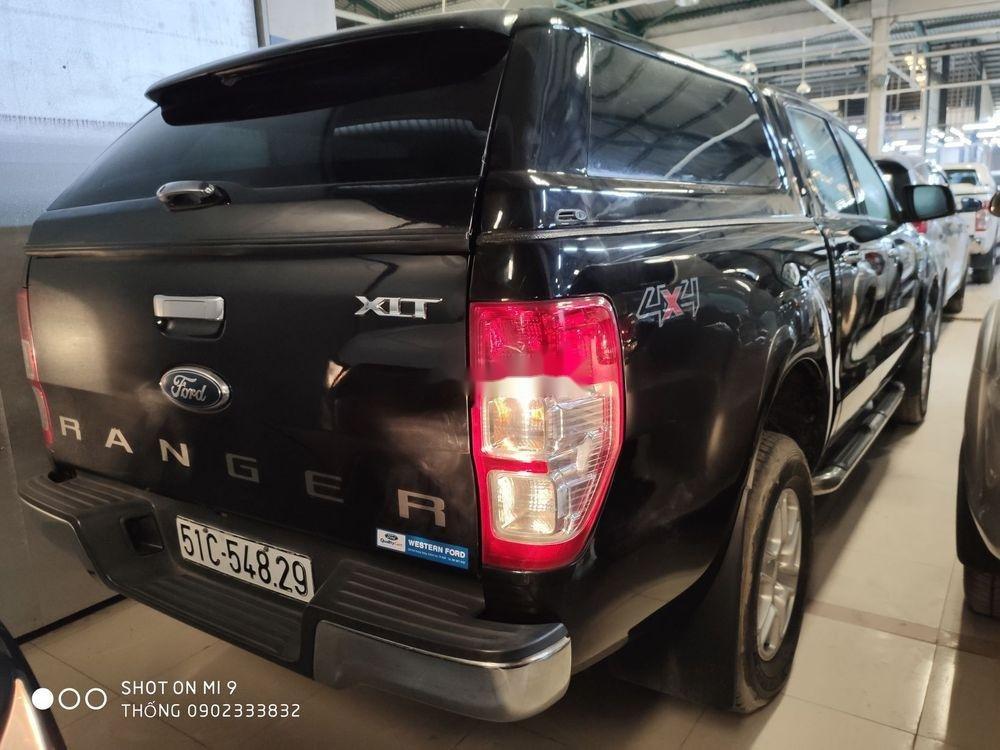 Bán xe Ford Ranger XLT đời 2015, màu đen, nhập khẩu nguyên chiếc số sàn (5)