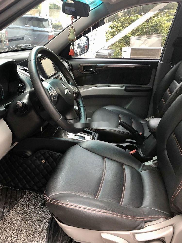 Bán ô tô Mitsubishi Pajero 2011, màu nâu, máy êm ru (4)
