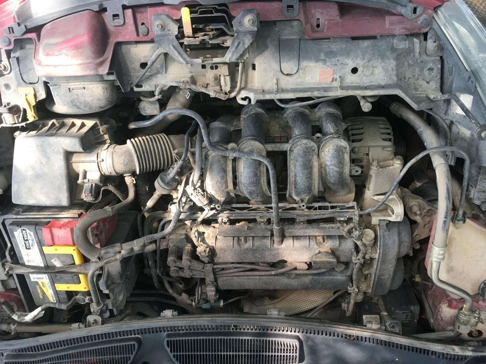 Xe Ford Fiesta sản xuất năm 2011, màu đỏ, xe nhập, 315tr (9)