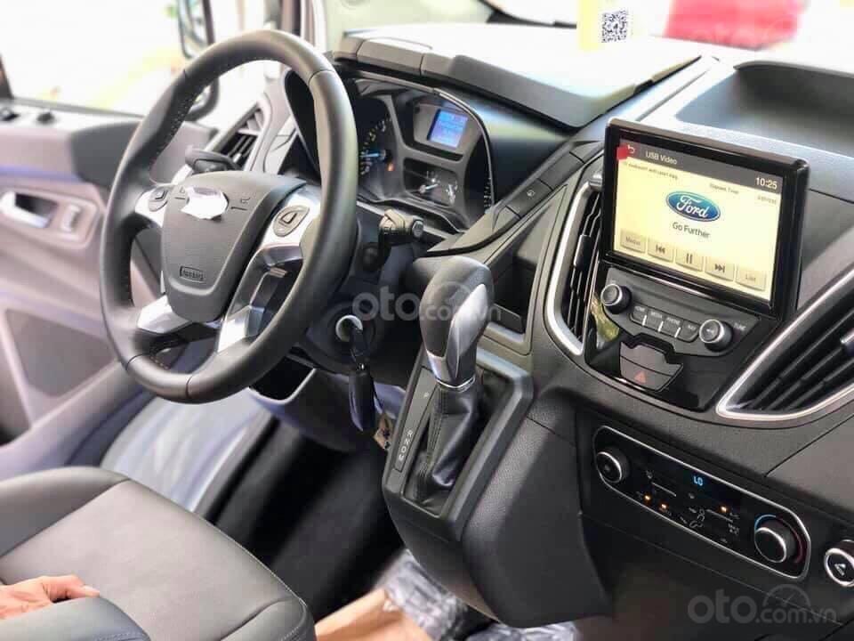 (Khuyến mại Tết) Bán Ford Tourneo 2.0 Ecoboost 2019, đủ màu giao ngay, giảm tiền mặt tặng full phụ kiện, LH 0974286009 (8)