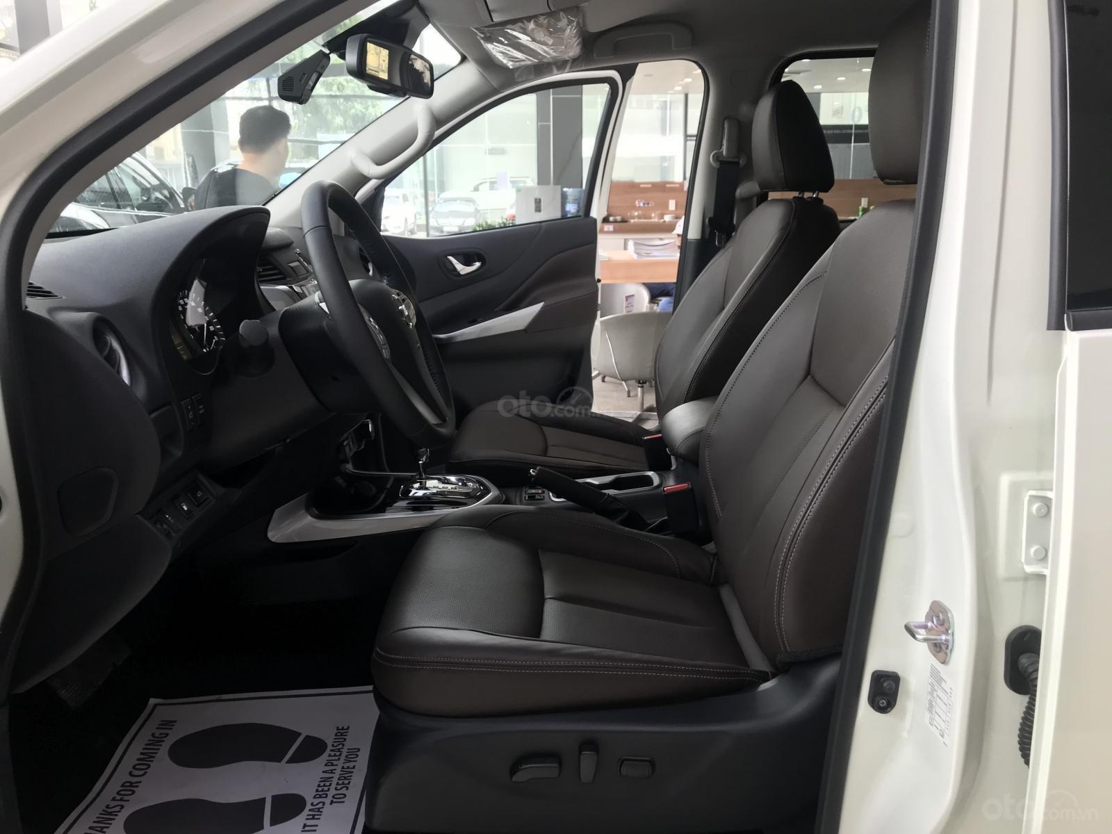 Bán ô tô Nissan X Terra V 4WD năm sản xuất 2019, màu trắng, xe nhập (7)