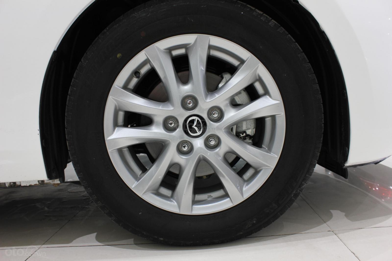 Bán Mazda 3 1.5L sản xuất năm 2017, màu trắng, giá thương lượng, 0347420233 (11)