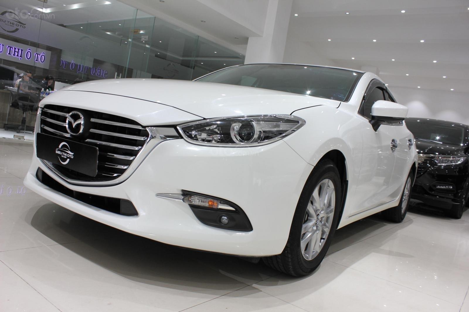 Bán Mazda 3 1.5L sản xuất năm 2017, màu trắng, giá thương lượng, 0347420233 (17)