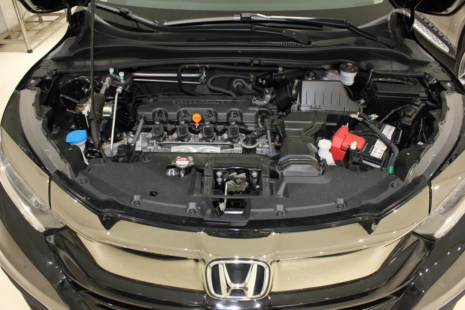 Cần bán xe Honda HR-V bản L 1.8AT SX 2018, màu đen, nhập Thái, siêu lướt 1300km, biển SG (22)