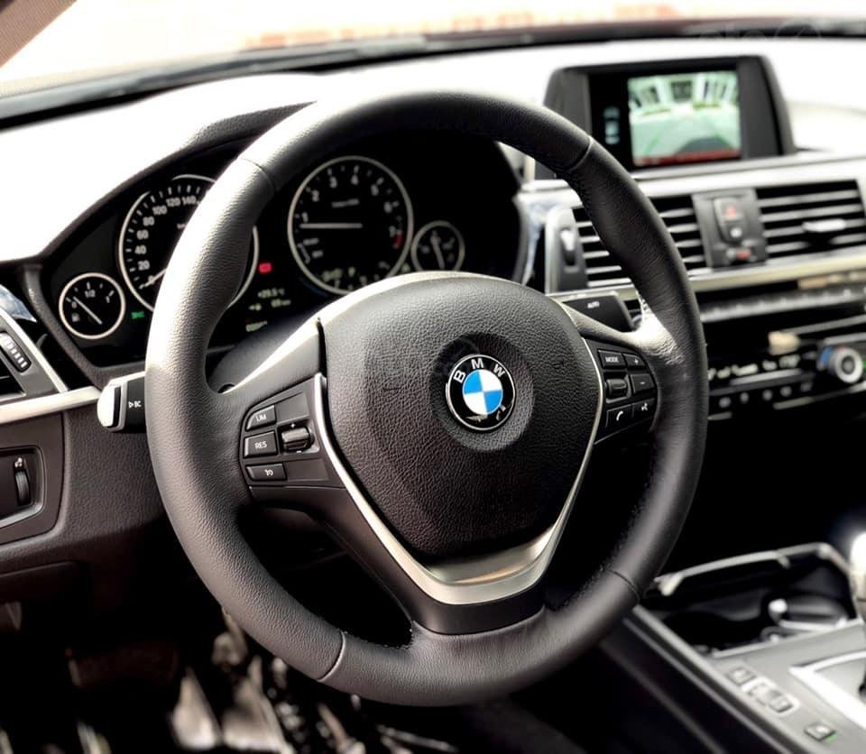 BMW 320i hỗ trợ lên tới 275tr, nhập khẩu nguyên chiếc, bảo hành chính hãng (4)